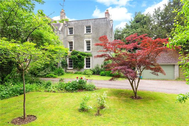 Guide Price £525,000, 5 Bedroom Town House For Sale in Stonehouse, Gloucestershi, GL10