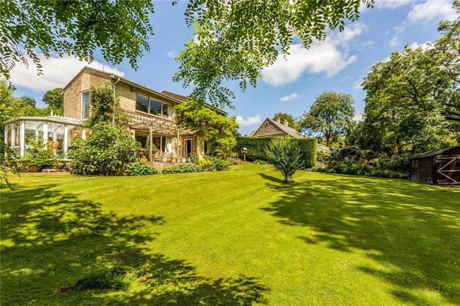 Asking Price £750,000, 4 Bedroom Detached House For Sale in France Lynch, GL6