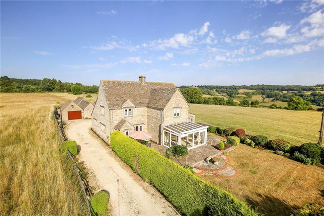 Guide Price £895,000, 4 Bedroom House For Sale in Bowcott, GL12