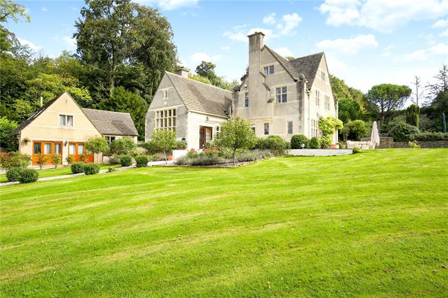 Guide Price £1,500,000, 6 Bedroom Detached House For Sale in Burleigh, GL5