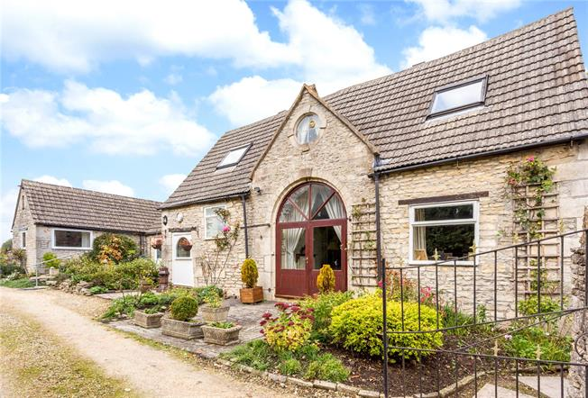 Guide Price £595,000, 3 Bedroom Detached House For Sale in Brownshill, GL6