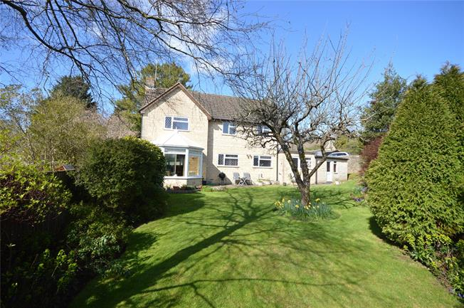 Guide Price £495,000, 4 Bedroom Detached House For Sale in Stroud, Gloucestershire, GL6