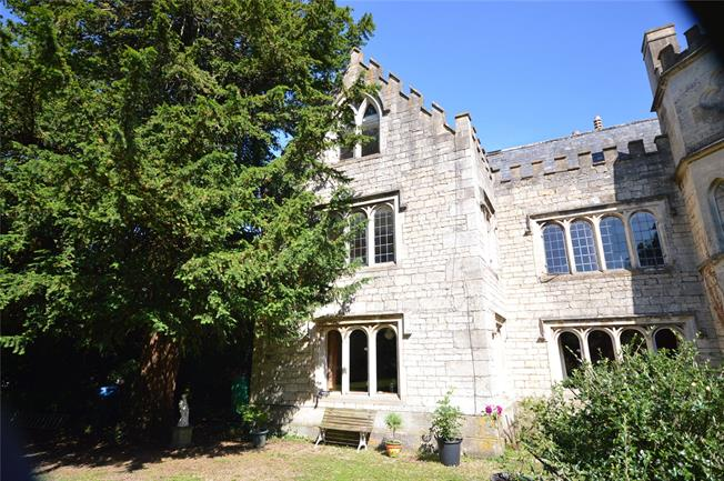 Guide Price £595,000, 4 Bedroom Terraced House For Sale in Stroud, Gloucestershire, GL5
