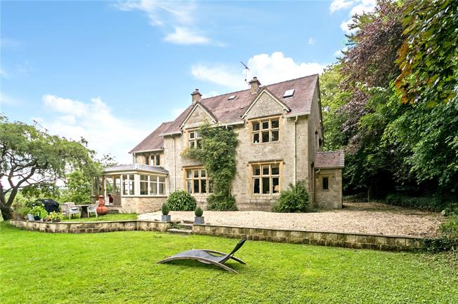 Guide Price £1,100,000, 5 Bedroom Detached House For Sale in Gloucestershire, GL6