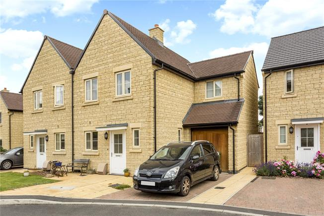 Guide Price £375,000, 3 Bedroom Semi Detached House For Sale in Stroud, Gloucestershire, GL6