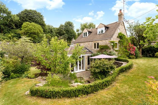 Guide Price £749,995, 4 Bedroom Detached House For Sale in Gloucestershire, GL6
