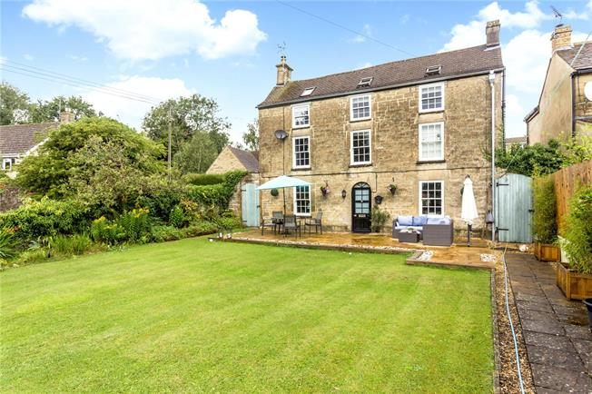 Guide Price £630,000, 4 Bedroom Detached House For Sale in Chalford Hill, GL6