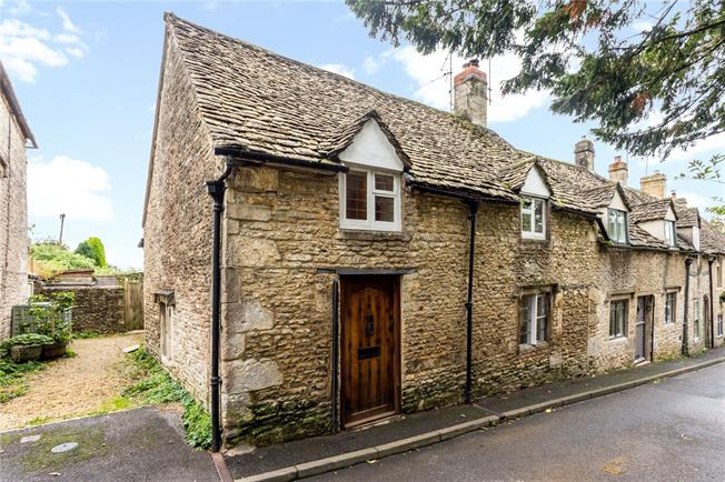 Offers in the region of £435,000, 3 Bedroom Semi Detached House For Sale in Minchinhampton, GL6