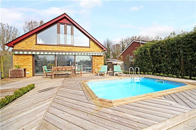 Asking Price £1,150,000, 5 Bedroom Detached House For Sale in Surrey, TW17