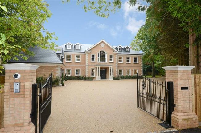Merveilleux Guide Price £3,450,000, 7 Bedroom Detached House For Sale In Hersham, KT12
