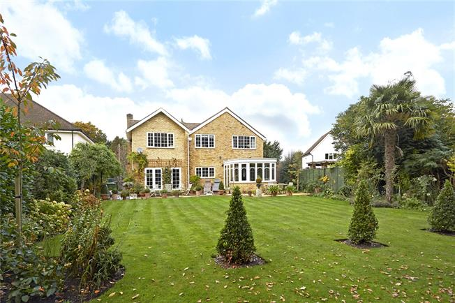 Guide Price £1,399,000, 5 Bedroom Detached House For Sale in Hersham, KT12