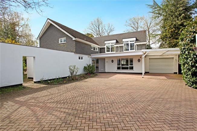 Asking Price £1,750,000, 6 Bedroom Detached House For Sale in Walton-on-Thames, KT12