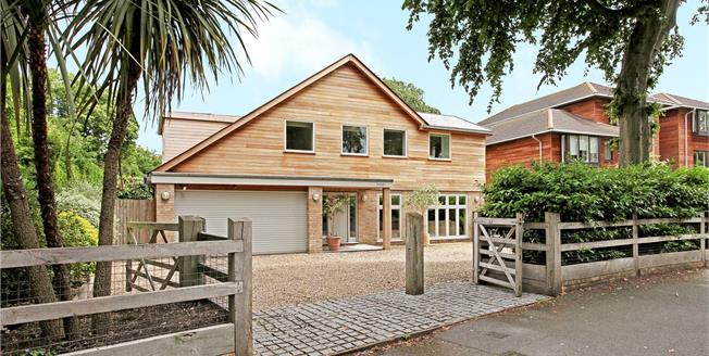 Asking Price £1,425,000, 4 Bedroom Detached House For Sale in Surrey, KT12