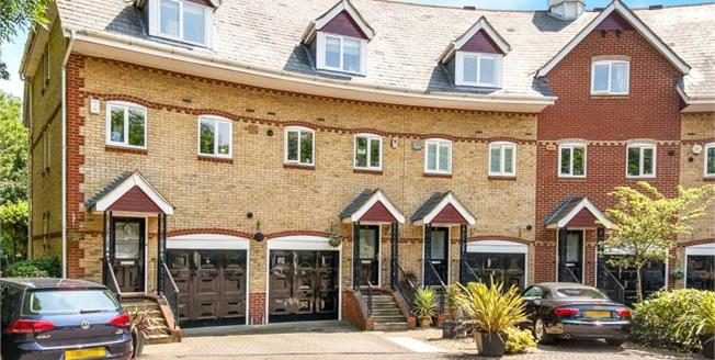 Guide Price £700,000, 3 Bedroom Terraced House For Sale in Weybridge, KT13