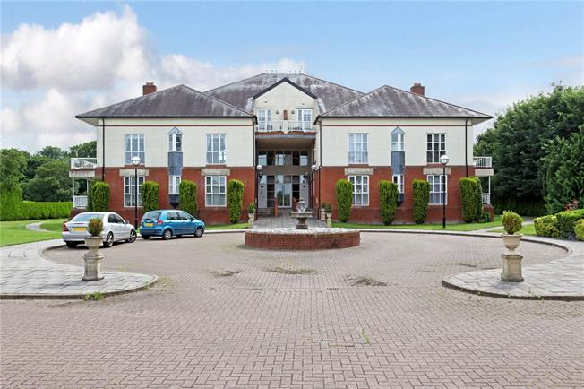 Asking Price £725,000, 3 Bedroom Flat For Sale in Chertsey, KT16