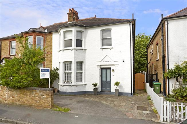 Asking Price £930,000, 4 Bedroom Semi Detached House For Sale in Walton-on-Thames, KT12