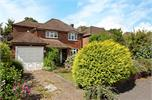 House for sale in Addlestone with Hamptons
