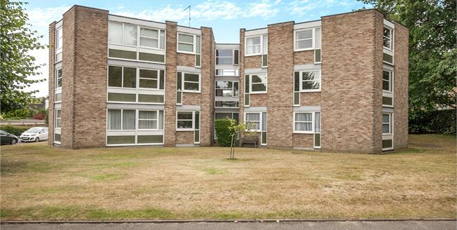 Asking Price £350,000, 2 Bedroom Flat For Sale in Surrey, KT13