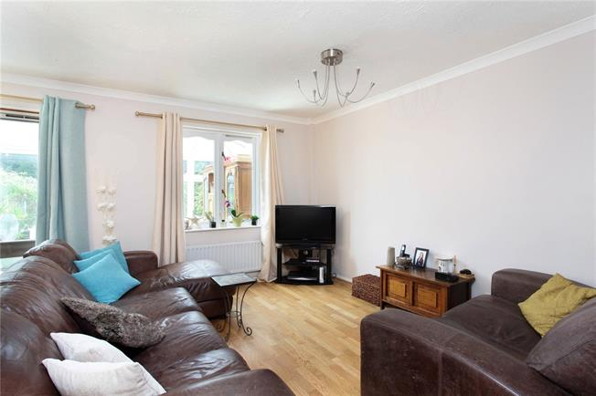 Asking Price £480,000, 3 Bedroom Semi Detached House For Sale in Weybridge, KT13