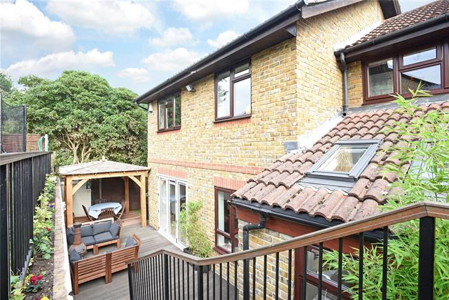 Asking Price £765,000, 4 Bedroom Detached House For Sale in Weybridge, KT13