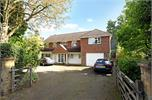House for sale in KT14 with Hamptons