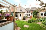 House for sale in TW18 with Hamptons