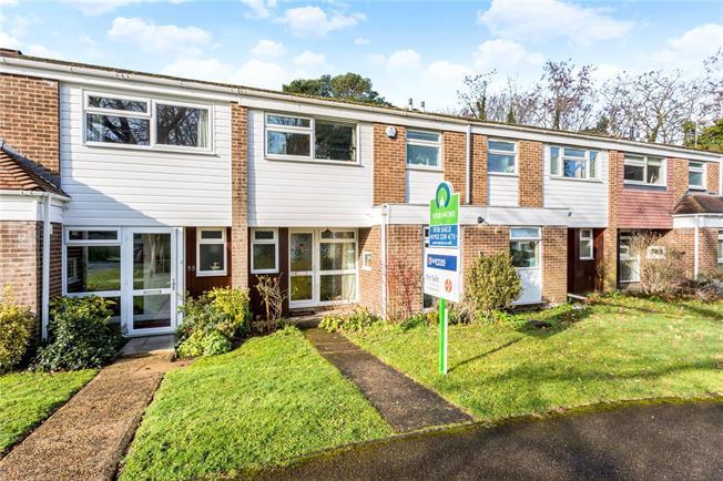 Asking Price £470,000, 3 Bedroom Terraced House For Sale in Weybridge, KT13