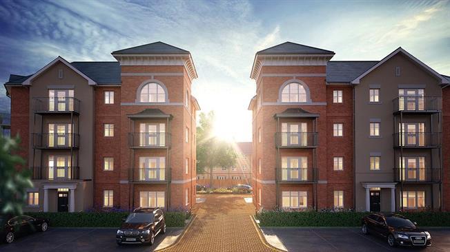 Asking Price £364,500, 2 Bedroom Flat For Sale in Walton-on-Thames, Surrey, KT12