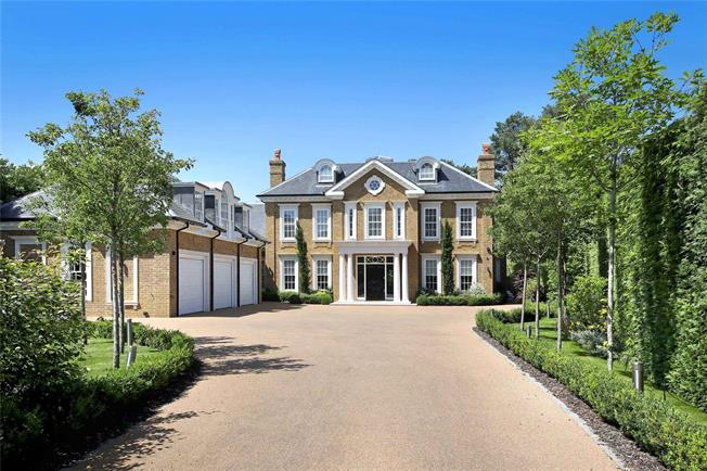 Guide Price £4,500,000, 6 Bedroom Detached House For Sale in Hersham, KT12