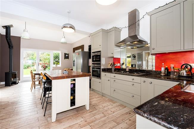 Guide Price £2,300,000, 6 Bedroom Semi Detached House For Sale in East Sheen, SW14