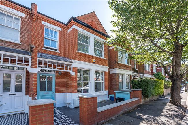 Guide Price £1,375,000, 5 Bedroom Terraced House For Sale in East Sheen, SW14