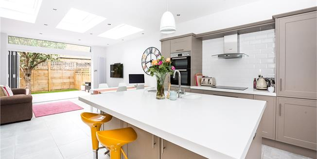 Guide Price £975,000, 2 Bedroom Terraced House For Sale in London, SW14