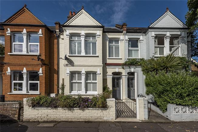 Guide Price £1,100,000, 5 Bedroom Terraced House For Sale in London, SW14