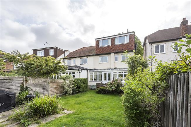 Guide Price £1,395,000, 5 Bedroom Semi Detached House For Sale in London, SW14