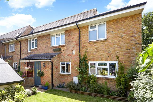 Guide Price £1,199,500, 4 Bedroom End of Terrace House For Sale in London, SW13