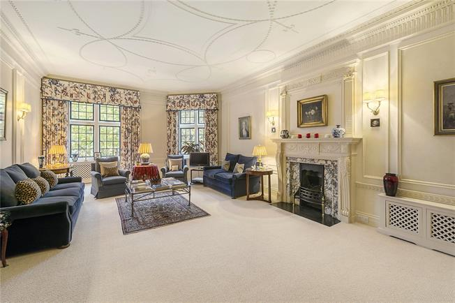 Asking Price £5,300,000, 4 Bedroom Flat For Sale in London, SW1W