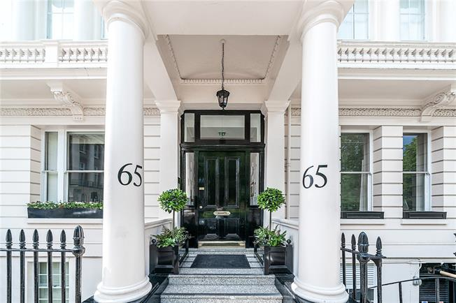 Asking Price £5,995,000, 3 Bedroom Flat For Sale in London, SW1W