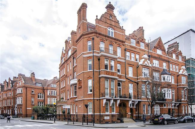 Asking Price £1,850,000, 1 Bedroom Flat For Sale in London, SW3