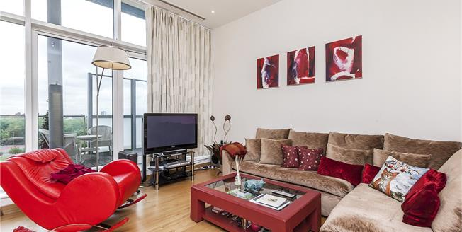 Asking Price £1,950,000, 2 Bedroom Flat For Sale in London, SW8