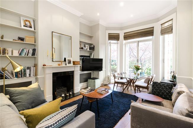 Asking Price £2,200,000, 2 Bedroom Flat For Sale in London, SW1W