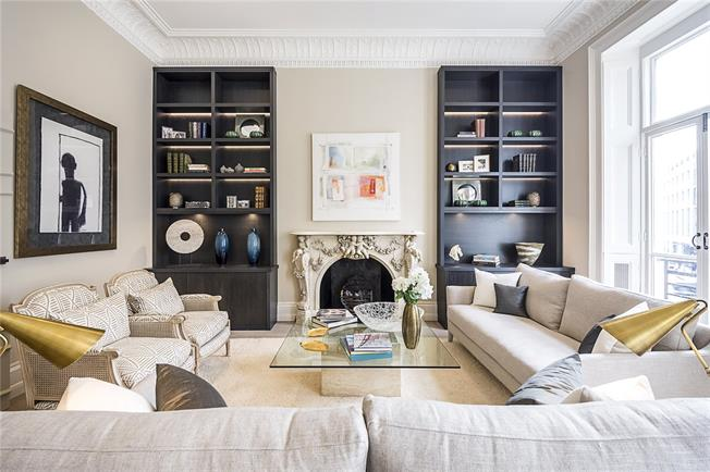 Asking Price £2,850,000, 2 Bedroom Flat For Sale in London, SW1X
