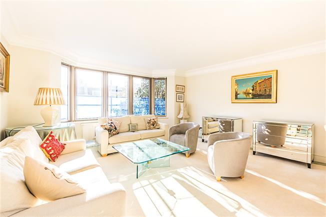 Asking Price £2,500,000, 3 Bedroom Flat For Sale in London, SW1W