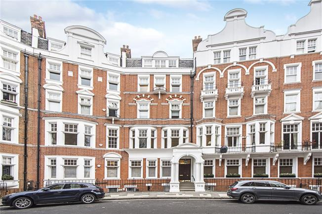 Asking Price £3,975,000, 3 Bedroom Flat For Sale in London, SW3