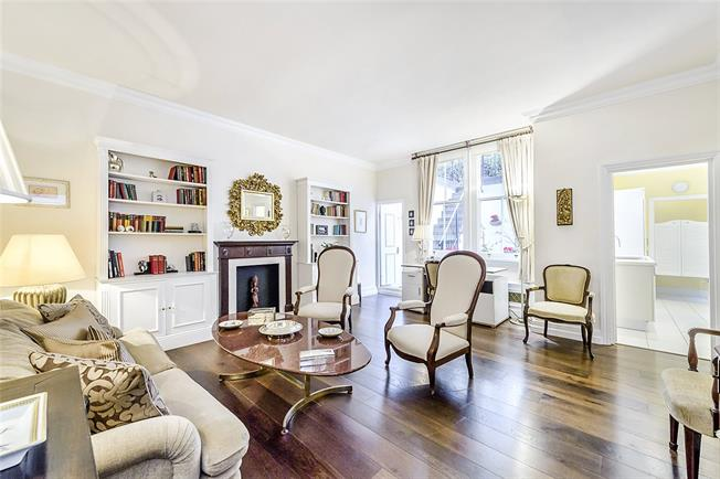 Asking Price £860,000, 2 Bedroom Flat For Sale in London, SW1W