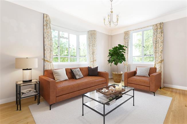 Asking Price £1,450,000, 2 Bedroom Flat For Sale in London, SW3