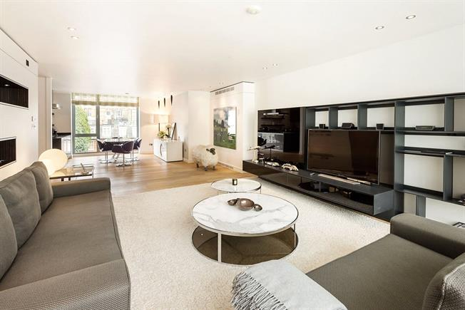 Asking Price £5,650,000, 3 Bedroom Flat For Sale in London, SW1X