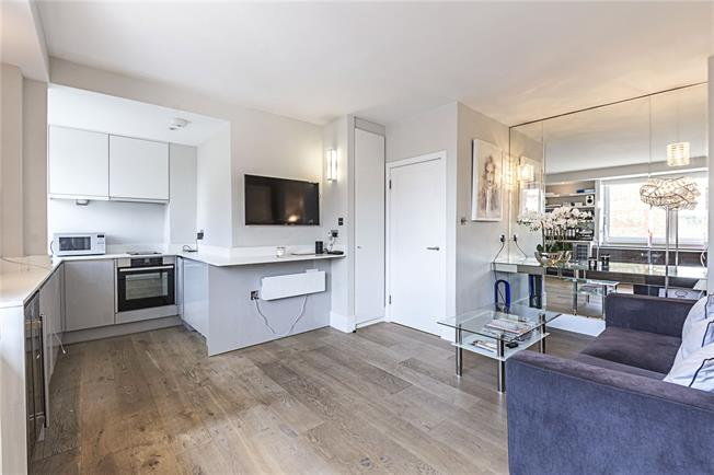 Asking Price £499,950, Flat For Sale in London, SW1W