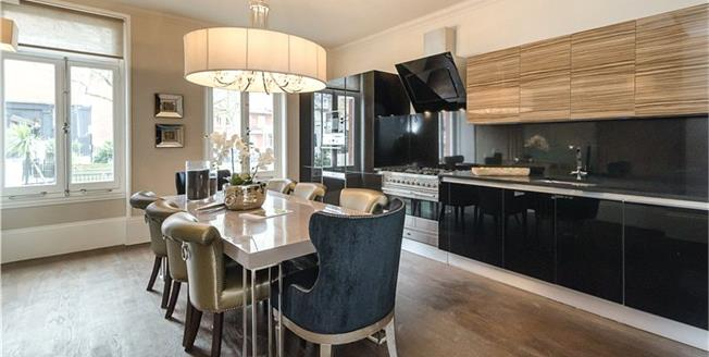 Asking Price £1,800,000, 3 Bedroom Flat For Sale in London, W9