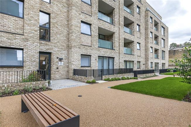 Asking Price £525,000, 1 Bedroom Flat For Sale in London, NW6