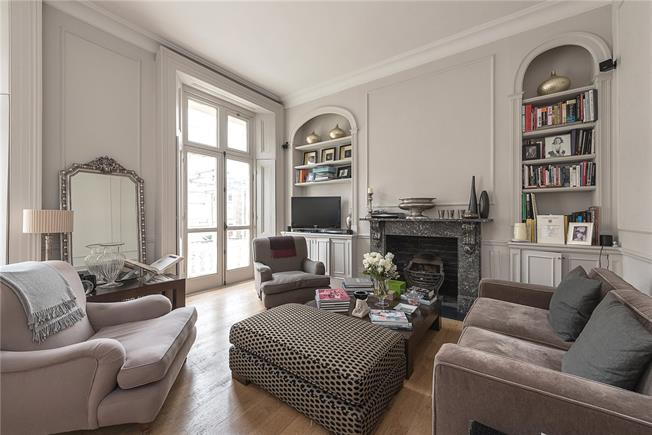Asking Price £2,150,000, 3 Bedroom Flat For Sale in London, W9